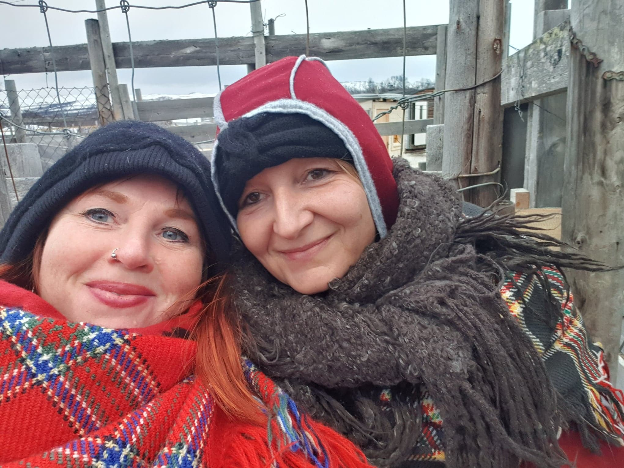 Bilde Rita og Vår samisk reingjerde
