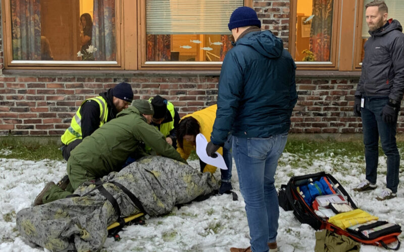 Veileder observerer fasilitator foto Magnus Hjortdahl