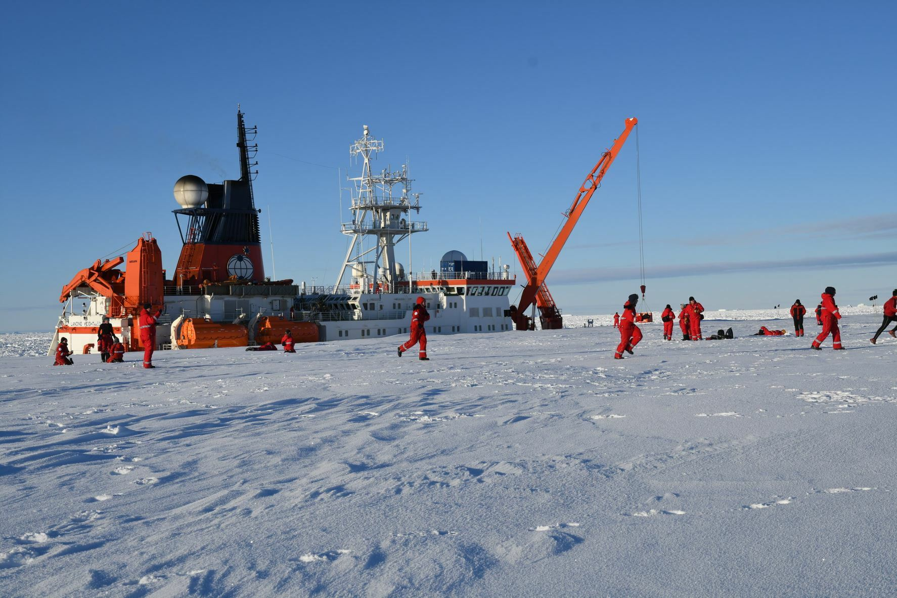 Ankret opp ved isen so 2021